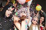 Frau Blasen Glitter auf party
