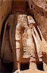 Afganistan, blühte Bamiyan.The kleine Buddha, Bamiyan, zentrale Afghanistan.Bamiyan als ein Zentrum für Handel und frommen Anbetung bis 1221, als das Gebiet von den Armeen von Genghis Khan.Two immense Zahlen der Buddhas angegriffen wurde, 55 und 38 Meter hoch, wir bei Bamiyan im Stein gehauen.