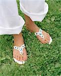 Pieds portant des sandales, Suède.