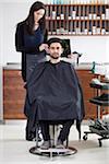 Ein zufriedener Kunde in einen Friseursalon