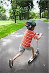 Junge Reiten Roller, Washington Park, Portland, Oregon, USA