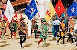Régional signale être promené au festival de course de chevaux Palio El, Piazza del Campo, Sienne, Toscane, Italie, Europe