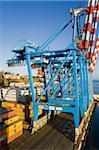 Krane in den Containerhafen, Valparaiso, Chile, Südamerika