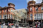 Entrée du quartier de Victoria Shopping Arcade, Briggate, Leeds, West Yorkshire, Angleterre, Royaume-Uni, Europe