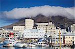 Victoria et Alfred Waterfront avec la montagne de la Table en arrière-plan, Cape Town, Western Cape, Afrique du Sud, Afrique
