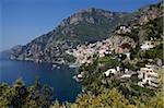 La baie et le village de Positano sur la côte amalfitaine, l'UNESCO World Heritage Site, Campanie, Italie, Europe