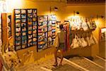 Magasin de souvenirs dans la vieille ville de Chania, Crète, Grèce