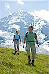 Couple de randonnée, Oberland bernois, Suisse