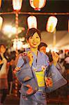 Femme japonaise exécution Bon Dance Festival, Matsuri