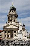 Le Berlin Gendarmenmarkt, la cathédrale, français. Architectes : Carl von Gontard