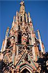 old city Nuremberga - fountain tower