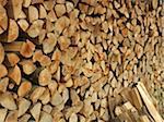 Grande pile de bois de chauffage