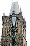 République tchèque, Prague, tour de la poudrière et lampadaire