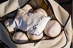 Eine Tüte mit Baseball und Kolophonium Tasche