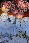 USA, Dakota du Sud, du Mont Rushmore National Monument et feux d'artifice