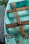 Vue de la chaloupe avec des filets de pêche, Annecy, Alpes, France