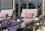 Deux chaises longues à country house