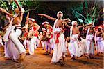 Danseurs au Festival Esala Perahera de Kandy, Sri Lanka