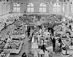 1940ER JAHRE ERHÖHTE ANSICHT GROCERY STORE GÄNGEN ABTEILUNGEN LEISTUNGSINDIKATOREN VON OBEN