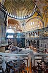 Architecture byzantine de Aya Sofya (Hagia Sophia), construit comme une église au 6ème siècle par l'Empereur Justinian, une mosquée pour des années, maintenant un musée, patrimoine mondial de l'UNESCO, Istanbul, Turquie, Europe