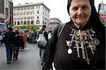 Polnische Nonne geht auf die Seligsprechung von Papst Johannes Paul II, Vatikan, Rom, Latium, Italien, Europa