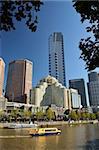 Melbourne Central Business District (CBD) et le fleuve Yarra, Victoria, Australie, Pacifique