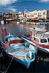 Petits bateaux de pêche, vénitien vieux port, Rethymno, Crète, îles grecques, Grèce, Europe