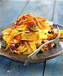 PAPPARDELLES aux légumes et jambon cru