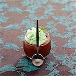Schokolade Creme Dessert mit Minze-mousse