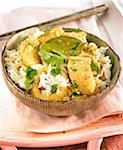Curry thaï au poulet et lait de coco