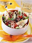 Salat mit Thunfisch und Sardellen
