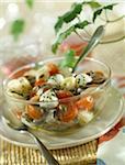 Orecchiettes, Sardellen, Cherry-Tomaten, Mozzarella und Kapern Salat