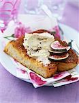 Boursin et fig français toast