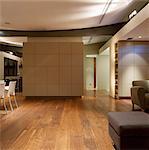 Salle à manger et salon aire ouverte moderne. Conçu par conçu par ZYNK