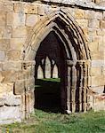 Abbaye d'Egglestone. Vue de la porte du côté sud de la nef.