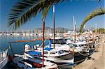 Traditionnels bateaux amarrés dans le port, Port d'Alcudia, Majorque, Baléares Îles, Espagne, Méditerranée, Europe