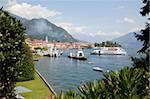 Bateaux sur le lac de Côme, Menaggio, Lombardie, lacs italiens, Italie, Europe