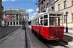 Tramway de la ville et l'opéra, Old Town, Wroclaw, Silésie, Pologne, Europe