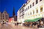 Restaurants in der Abenddämmerung, Armagertorv, Kopenhagen, Dänemark, Skandinavien, Europa
