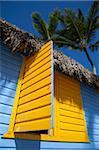 Cabane colorée, la plage de Bavaro, Punta Cana, République dominicaine, Antilles, Caraïbes, Amérique centrale