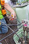 Travailleur communication installation de balises sur câble