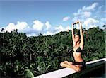 Yoga dans le Four Seasons Resort, Ubud, Bali (Indonésie), l'Asie du sud-est, Asie