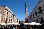 Piazza dei Signori und der Bissara Turm, Vicenza, Venetien, Italien, Europa