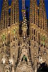 Sagrada Familia at dusk, UNESCO World Heritage Site, Barcelona, Catalonia, Spain, Europe