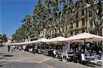 Restaurants en plein air, Place de l'horloge, Avignon, Provence, France, Europe