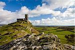Église St. Michael de Rupe à Brentor (Brent Tor), Parc National de Dartmoor, Devon, Angleterre, Royaume-Uni, Europe