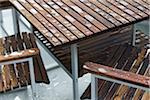 Gros plan de meubles de Patio humide, Vancouver, Colombie-Britannique, Canada