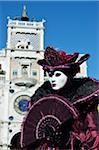 Porträt der Frau trägt Kostüm im Karneval, Venedig, Italien
