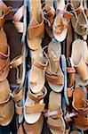 Traditionelle Ledersandalen zu verkaufen, Rhodos Stadt, Griechenland