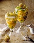 exotische Frucht eingebettet in Champagner